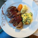 , Plat : Auberge du Cheval Blanc  - Magret canard aux fruits rouges -