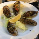 , Entrée : La Table  - Entrée menu a 19€90 huîtres et moules gratinées  -