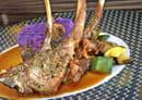 Le 247  - Les 3 côtelettes d'agneau grillées, saveur provençale, écrasé de Vitelotte et jus d'agneau -   © Best Western Europe Hôtel****