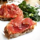 Le Café FauveParis  - Pan con tomate y jamon -   © Café FauveParis