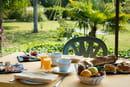 Le Grand Chêne  - Repas et petit-déjeuner en terrasse -