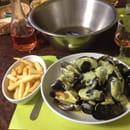 , Plat : Le Vieux Passage  - Moules frites sauce patron -