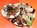 Ô Canelot  - Assiette de la mer huîtres moules et couteaux Ô Canelot -