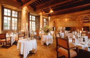 Restaurant - La Salle des Gardes - Château de Bagnols