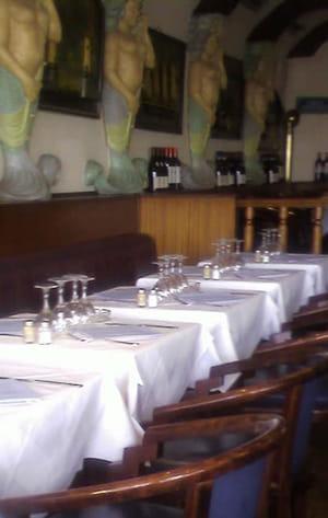 Le comptoir de la mer restaurant de poissons fruits de - Le comptoir des mers paris ...