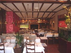 restaurant les ardennes restaurant de poissons fruits de mer chalons en champagne avec l. Black Bedroom Furniture Sets. Home Design Ideas