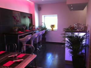 tomo sushi restaurant de cuisine du monde marseille avec l 39 internaute. Black Bedroom Furniture Sets. Home Design Ideas