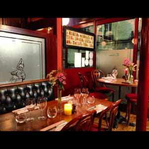 bistro poulbot brasserie bistrot paris avec l 39 internaute. Black Bedroom Furniture Sets. Home Design Ideas