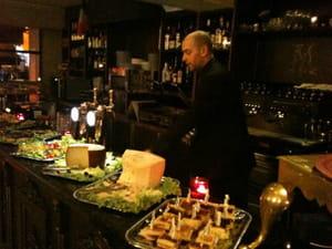 miroglio caff restaurant de cuisine du monde paris avec l 39 internaute. Black Bedroom Furniture Sets. Home Design Ideas