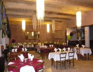 La cascade restaurant de cuisine traditionnelle saint for Restaurant la cascade