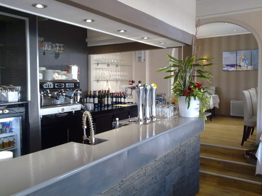 le lodge restaurant de cuisine traditionnelle merville franceville plag avec l 39 internaute. Black Bedroom Furniture Sets. Home Design Ideas