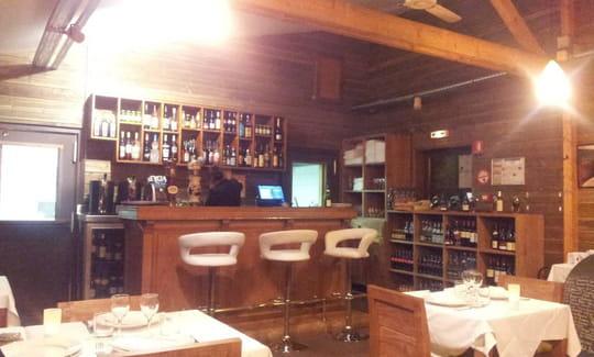 Restaurant la cense bar cocktails rochefort en for Restaurant yvelines avec jardin