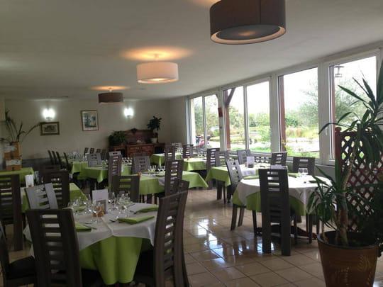 le caraqui restaurant de cuisine moderne bourges avec l 39 internaute. Black Bedroom Furniture Sets. Home Design Ideas