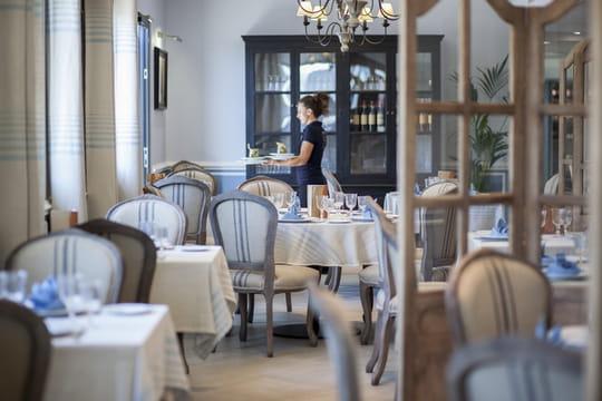 les jardins du pastel restaurant de cuisine moderne labege avec l 39 internaute. Black Bedroom Furniture Sets. Home Design Ideas