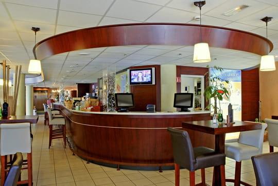 Le carr comptoir bar classique saint louis avec l - Les comptoirs du bricolage ...