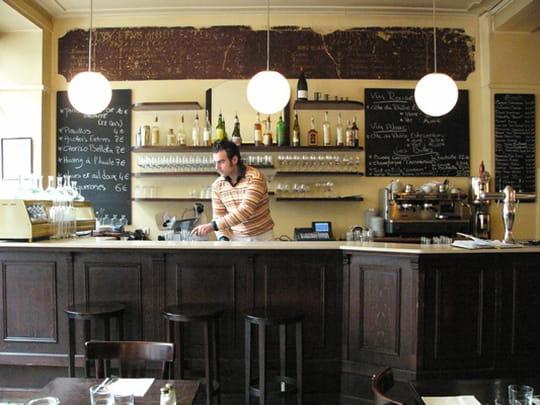 le chateaubriand restaurant de cuisine moderne paris avec l 39 internaute. Black Bedroom Furniture Sets. Home Design Ideas