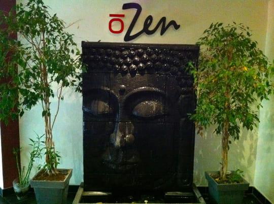 zen la mer restaurant japonais sushi marseille avec. Black Bedroom Furniture Sets. Home Design Ideas