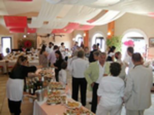 les d 233 lices du mus 233 e restaurant proven 231 al 224 port de bouc
