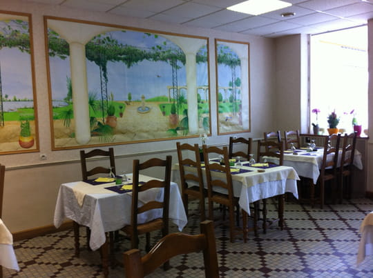 la musardi re restaurant de cuisine traditionnelle beaune la rolande avec l 39 internaute. Black Bedroom Furniture Sets. Home Design Ideas