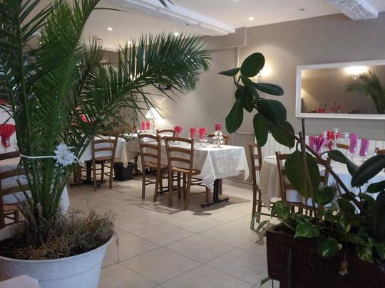 Le jardin des d lices restaurant de cuisine for Restaurant bar sur aube