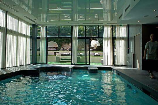 le grand monarque h tel spa spa chartres. Black Bedroom Furniture Sets. Home Design Ideas