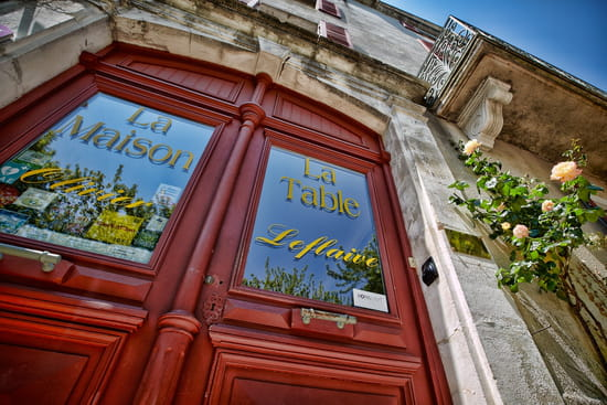 La table d 39 olivier leflaive restaurant bourguignon - La table d olivier leflaive puligny montrachet ...