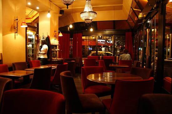 royal comptoir bar saint mande avec l 39 internaute. Black Bedroom Furniture Sets. Home Design Ideas