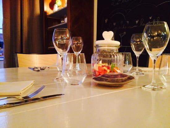 Les 2 pieds sous la table restaurant de cuisine moderne - Restaurant les pieds sous la table ...