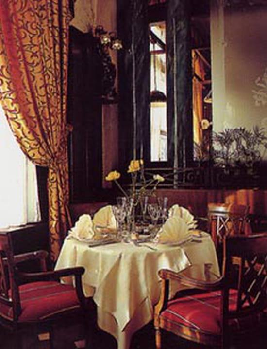 le grand hotel restaurant alsacien valenciennes avec l 39 internaute. Black Bedroom Furniture Sets. Home Design Ideas