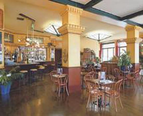 brasserie du soleil bar classique le mont dore avec l. Black Bedroom Furniture Sets. Home Design Ideas