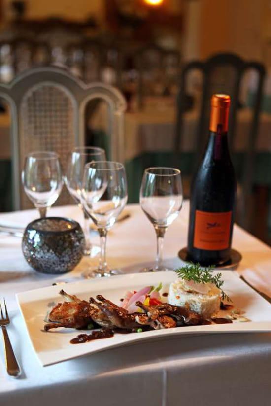 Restaurant de la corniche des c vennes restaurant de cuisine traditionnelle - Restaurant la coorniche ...