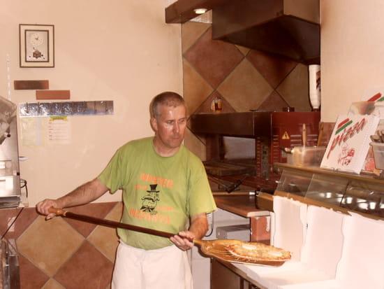 mister pizzasta restaurant italien bourges avec l 39 internaute. Black Bedroom Furniture Sets. Home Design Ideas