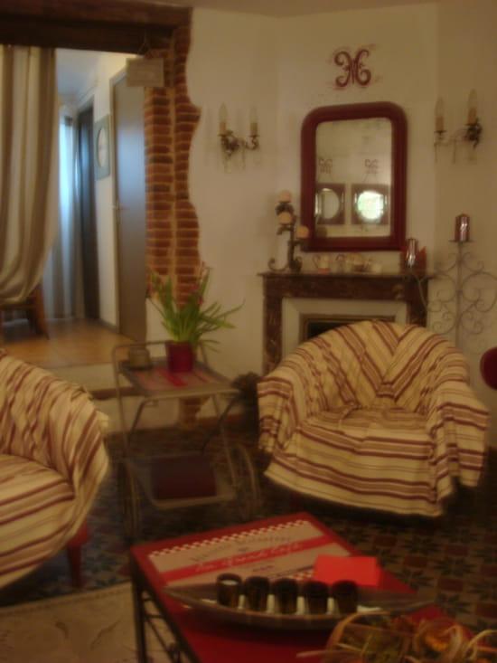 a l 39 eau berge chez madeleine restaurant de cuisine traditionnelle dreux avec linternaute. Black Bedroom Furniture Sets. Home Design Ideas