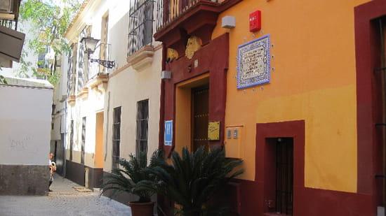 Ajoblanco  - Au cote de la maison du grand guitarrist de flamenco Niño Ricardo -   © Manuel Blanco