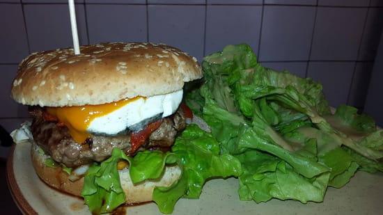 Au Bon Accueil  - Burger maison -