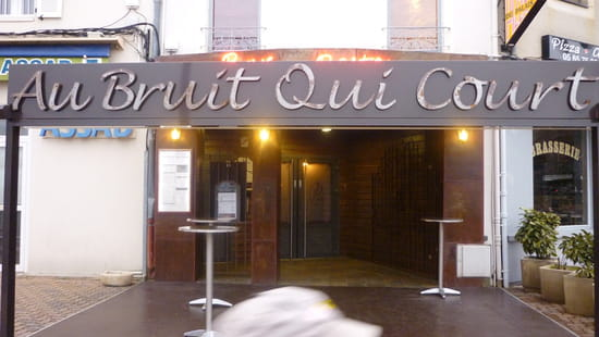 Au Bruit Qui Court