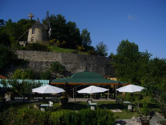 Au pied du Moulin