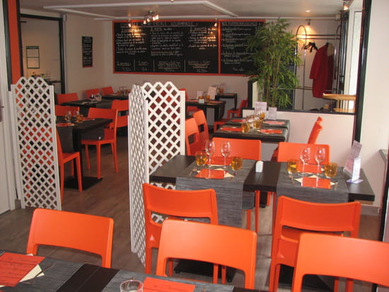 """Au Saint Pierre  - salle du restaurant """"Au saintPierre"""" -"""