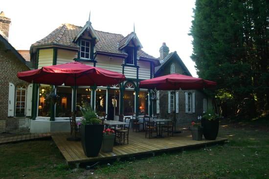 Auberge de La Louvière  - Notre terrasse côté jardin -