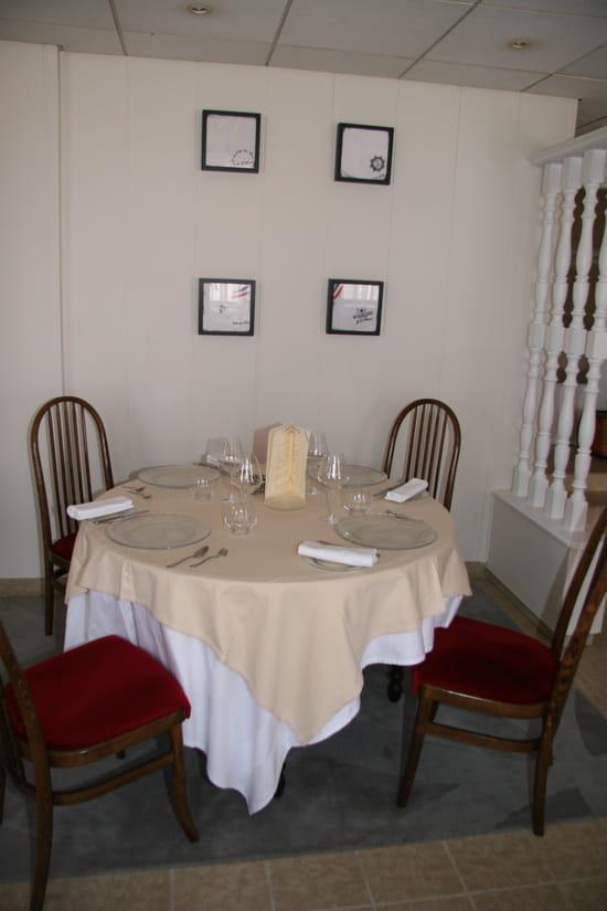 Auberge des abers restaurant breton lannilis avec for Le salon lannilis