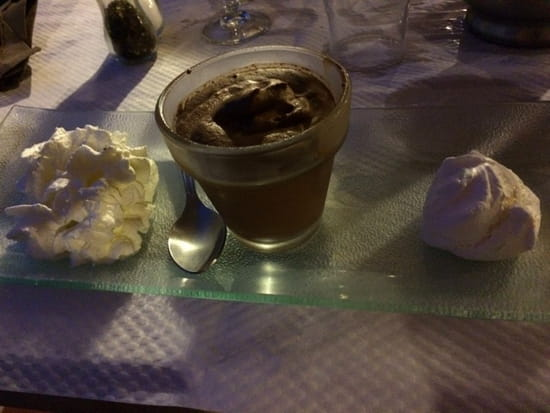 , Dessert : Auberge du Cheval Blanc  - Mousse au chocolat maison -