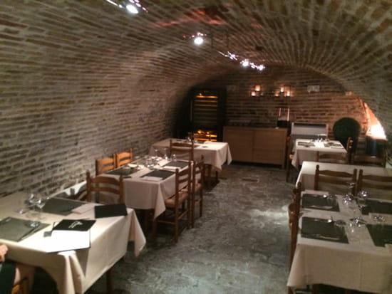 , Restaurant : Auberge du Pont Vieux  - La salle de la cave. -