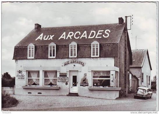 Aux Arcades