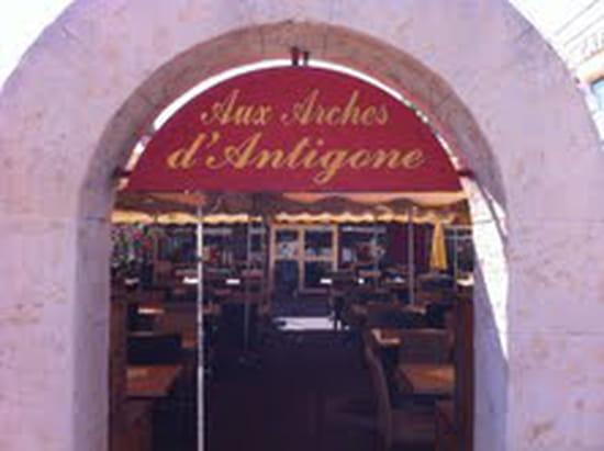 Aux Arches d'Antigone