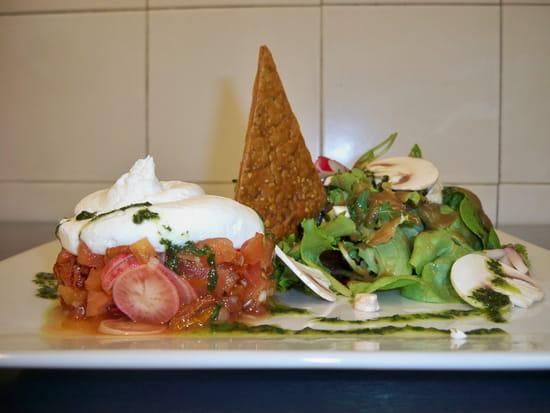 Aux Deux Chefs  - Tartare de légumes et mousse de chèvre frais au basilic -