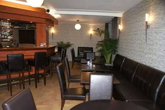 , Restaurant : Aux Deux Clefs