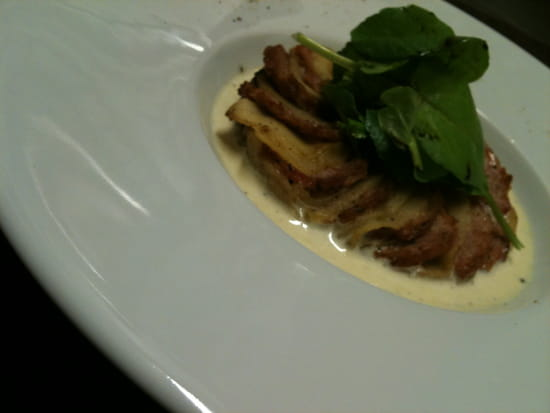 Aux Trois Pastoureaux  - Tartelette de Pomme et Andouille -   © j-f.lucchese