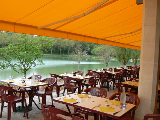Bar-restaurant-Traiteur Les Pieds dans l'Plat