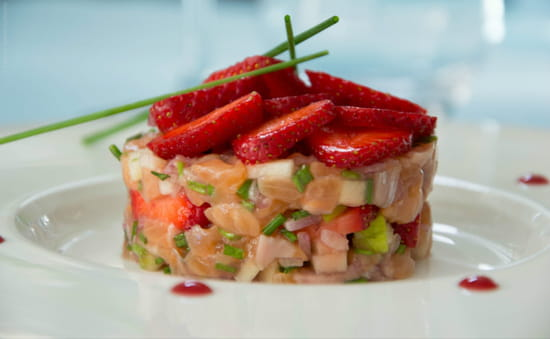 Bistro 2 Génies  - Tartare de Saumon - Bistro 2 Génies Restaurant Biarritz -   © Lorena Gaona Galeano