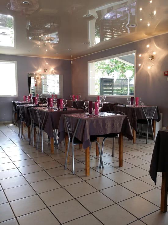 bouche b restaurant de cuisine traditionnelle aubi re avec linternaute. Black Bedroom Furniture Sets. Home Design Ideas